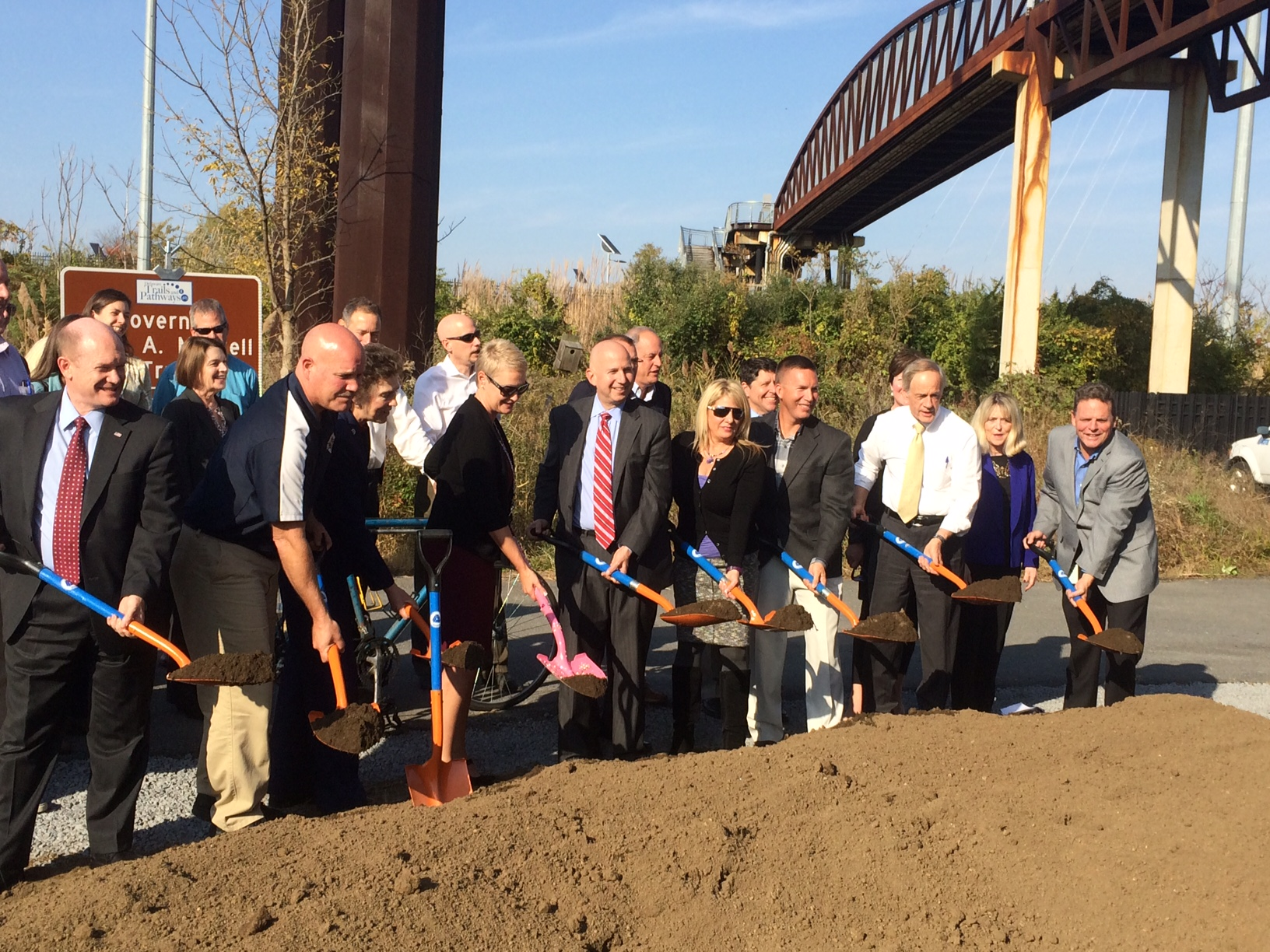 groundbreaking-for-riverfront-bridge